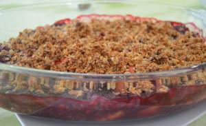 Warm Peach & Berries Fruit Crumble
