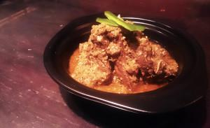 Garlic & Vinegar Slow-Cooked Lamb: Lamb Vindaloo