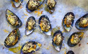 Pesto Baked Mussels