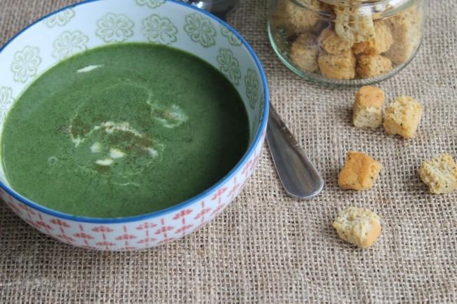 Classic Spinach Soup