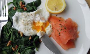 Poached Egg with Fresh Spinach & Salmon