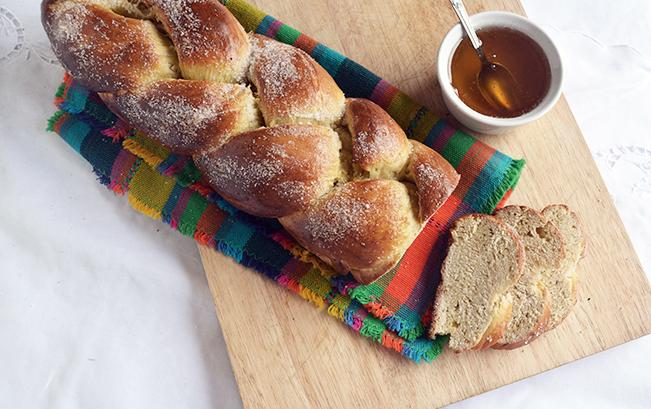 greek-brioche