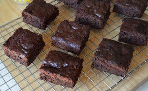 Sugarless Banana Brownies