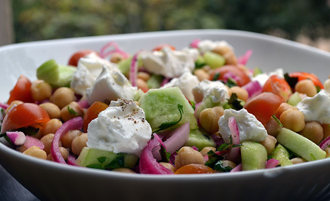 chickpea-salad-cucumber