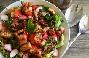 Traditional Fattoush Salad